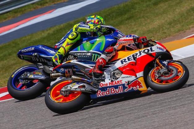 MOROGP: ימאהה M1 או הונדה RCV213? מי האופנוע הטוב יותר?